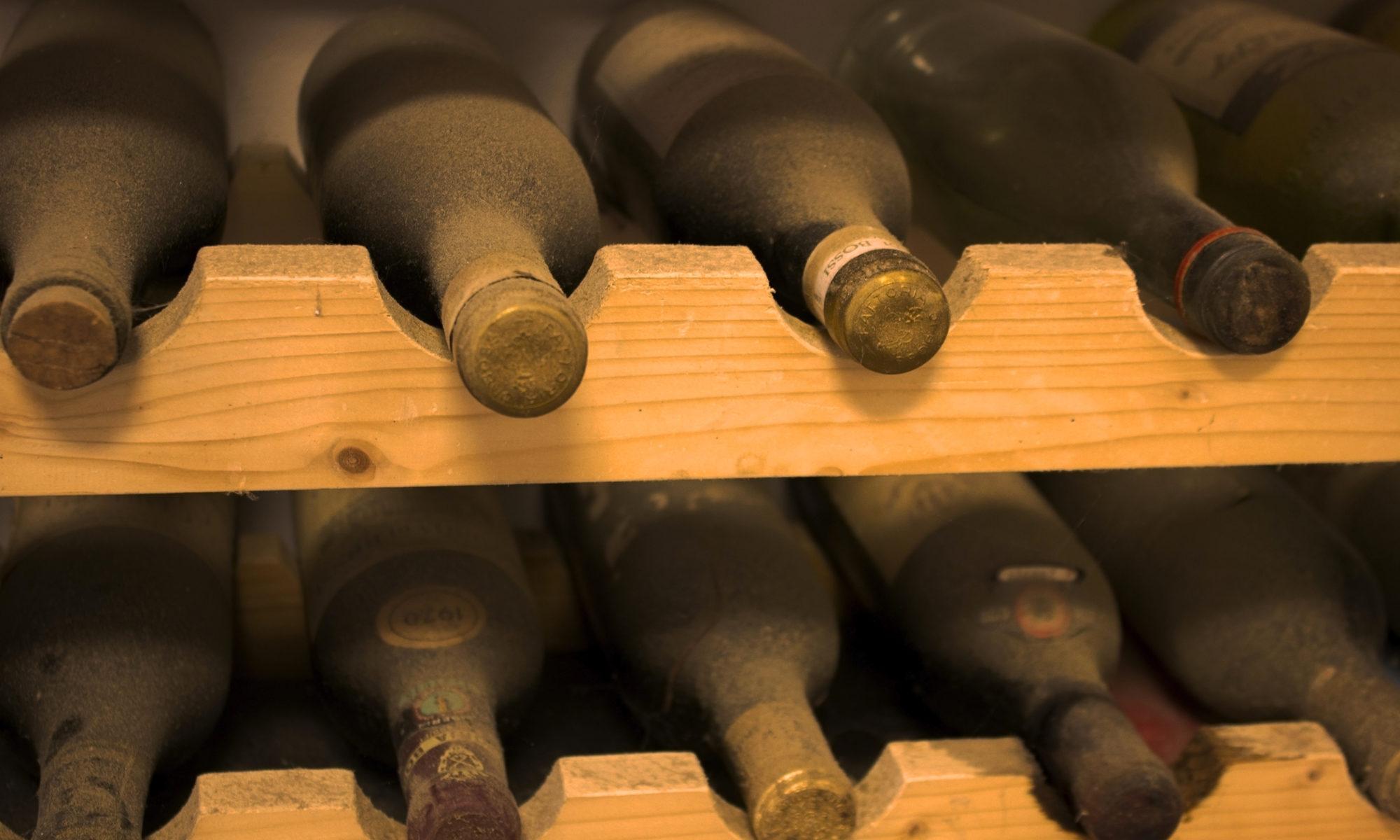 comment conserver son vin dans de bonnes conditions. Black Bedroom Furniture Sets. Home Design Ideas
